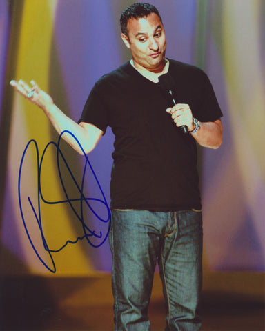 RUSSELL PETERS SIGNED 8X10 PHOTO 7
