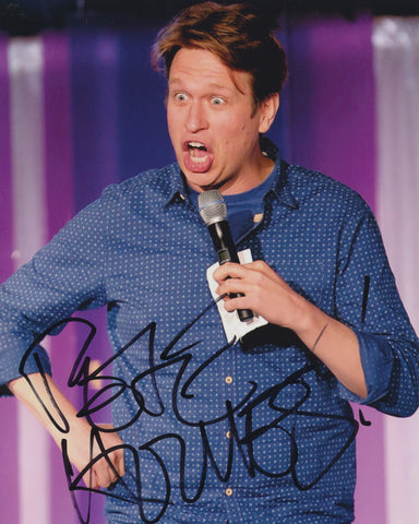 PETE HOLMES SIGNED 8X10 PHOTO
