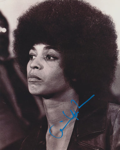 ANGELA DAVIS SIGNED CIVIL RIGHTS ACTIVIST 8X10 PHOTO