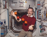 ASTRONAUT CHRIS HADFIELD SIGNED 8X10 PHOTO 2