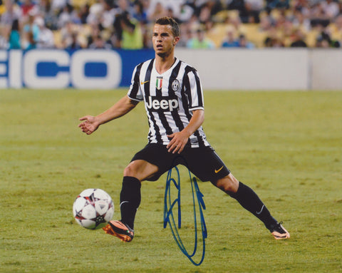 SEBASTIAN GIOVINCO SIGNED JUVENTUS 8X10 PHOTO