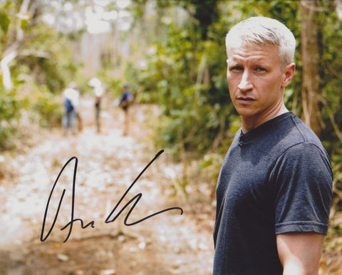 ANDERSON COOPER SIGNED CNN 8X10 PHOTO 6