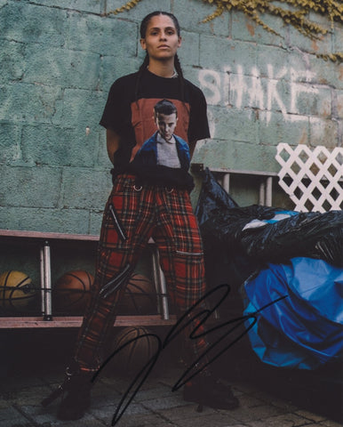 070 SHAKE SIGNED 8X10 PHOTO DANIELLE BALBUENA 2