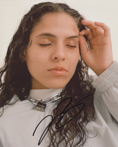 070 SHAKE SIGNED 8X10 PHOTO DANIELLE BALBUENA 3
