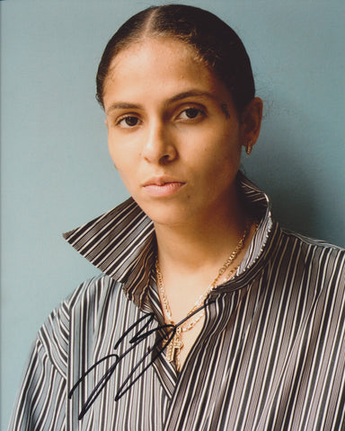 070 SHAKE SIGNED 8X10 PHOTO DANIELLE BALBUENA 4