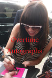 CARLY RAE JEPSEN SIGNED 8X10 PHOTO