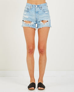 LEVIS PREMIUM 501 DISTRESSED DENIM SHORTS - 8586