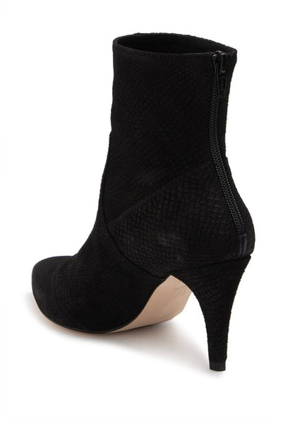 FREE PEOPLE VEGAN LEATHER BLACK BOOTIE - 8586