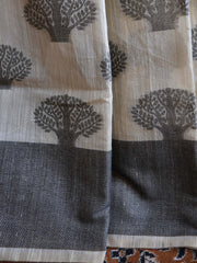 Banarasee Soft Cotton Saree With Black Woven Tree Motifs & Contrast Black Blouse-Beige