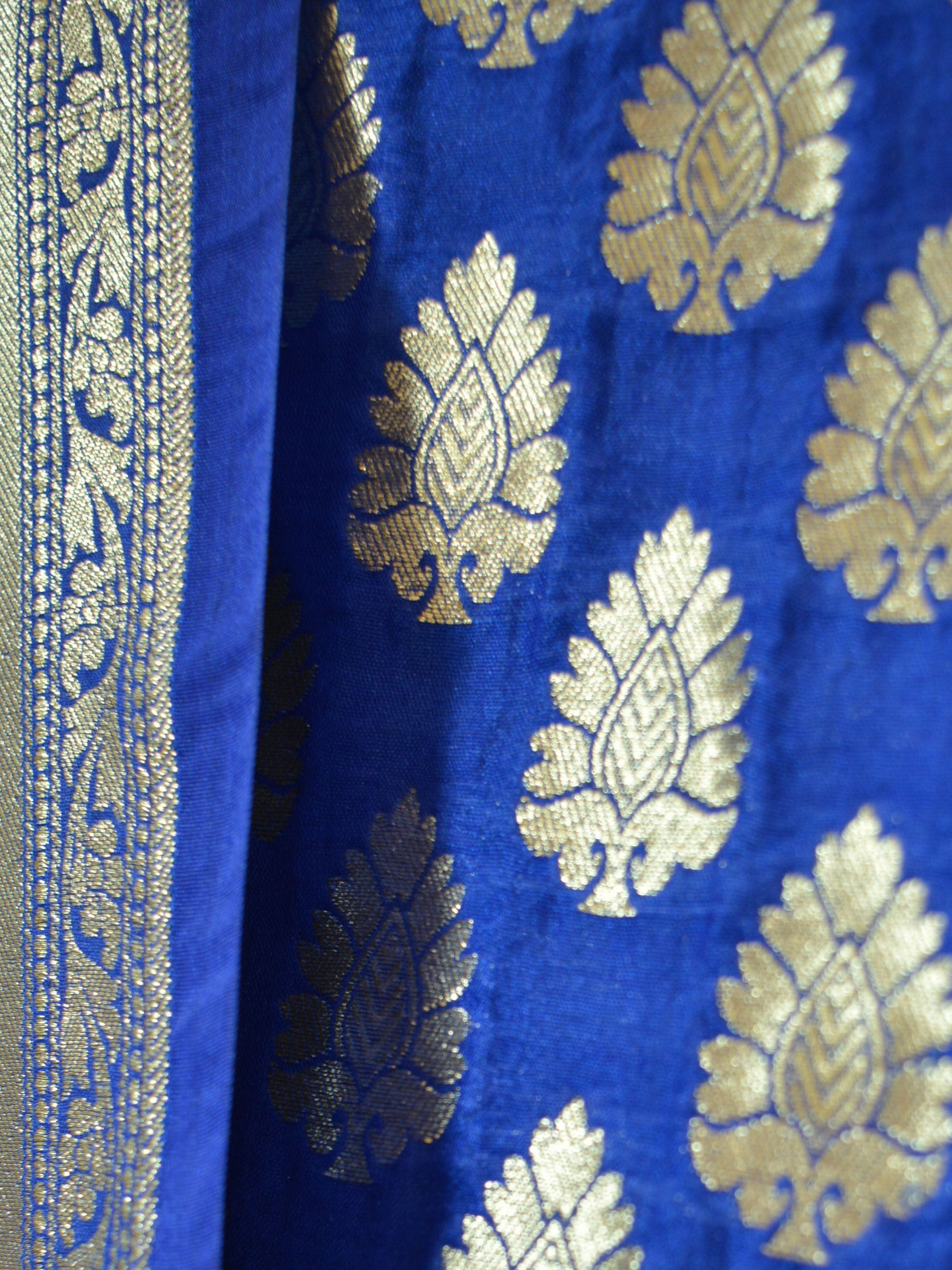 Banarasi Salwar Kameez Semi Katan Silk Zari Buta Work Fabric With Jaal Dupatta-Royal Blue