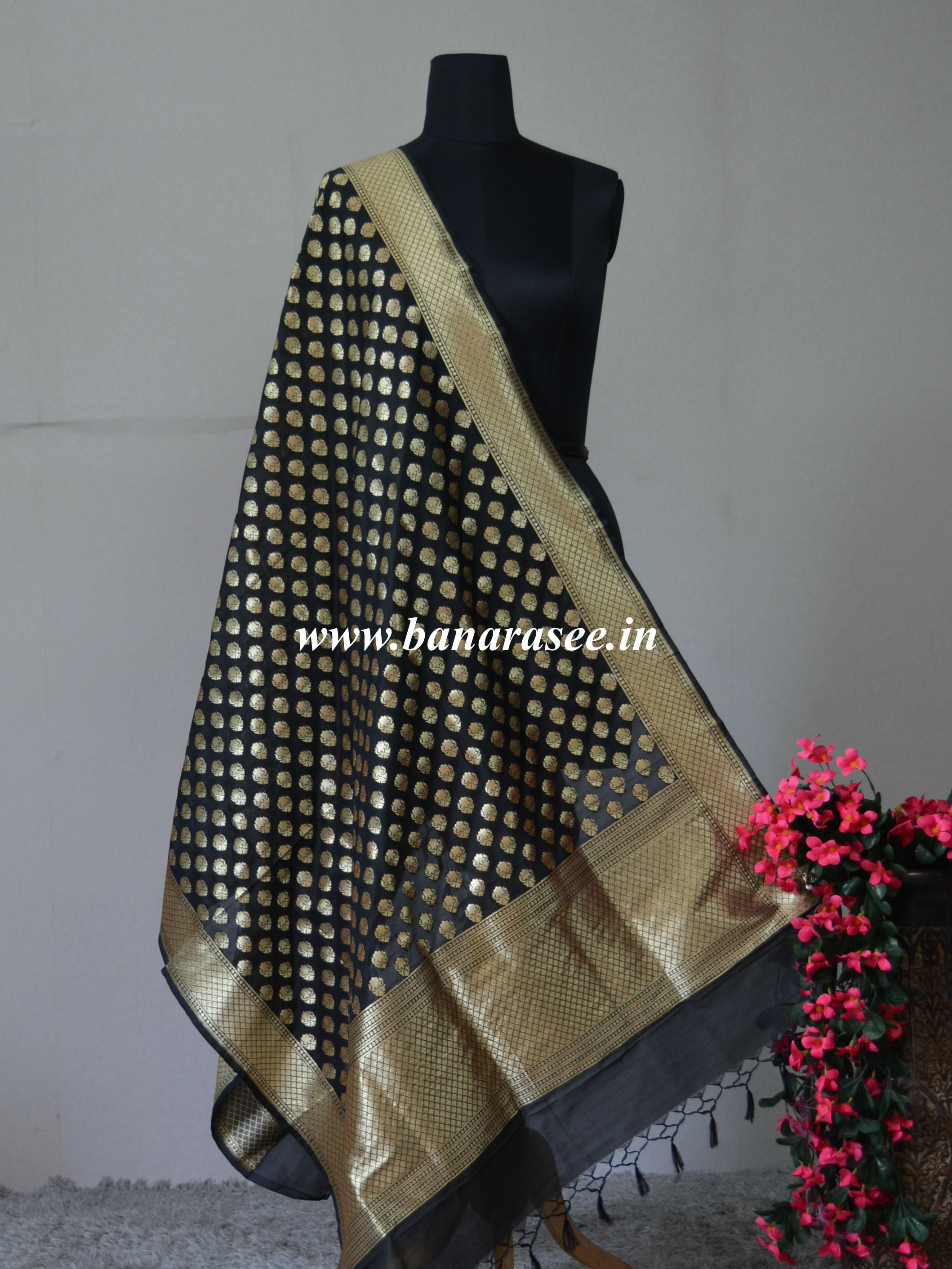 Banarasee Art Silk Dupatta Small Buti Design-Black