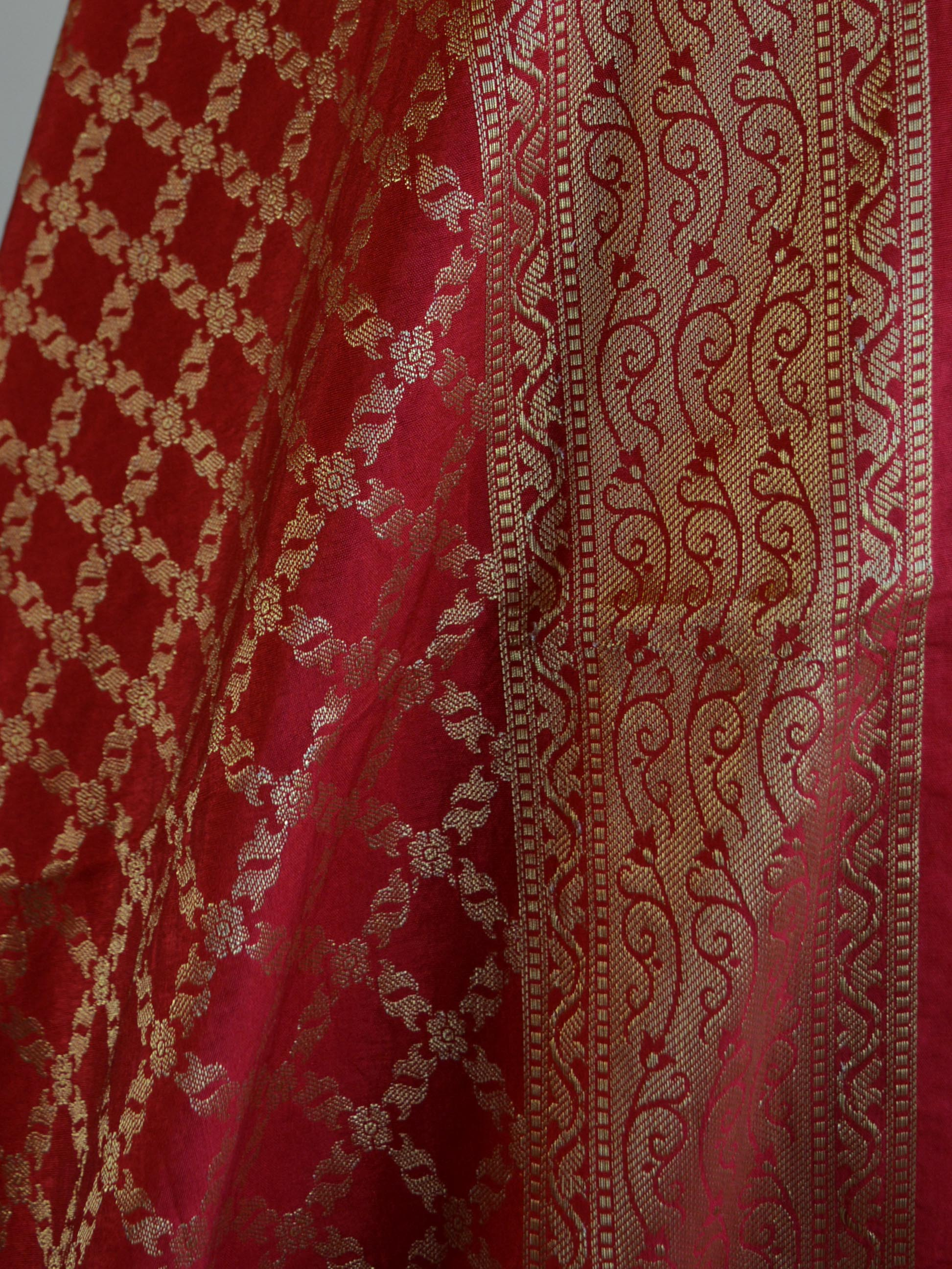 Banarasee Cotton Silk Printed Salwar Kameez Fabric With Red Zari Dupatta-Off White