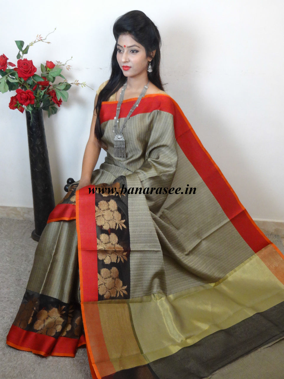 Banarasee Cotton Silk Brown Tanchoi Weave Saree With Contrast Zari & Red Border-Brown