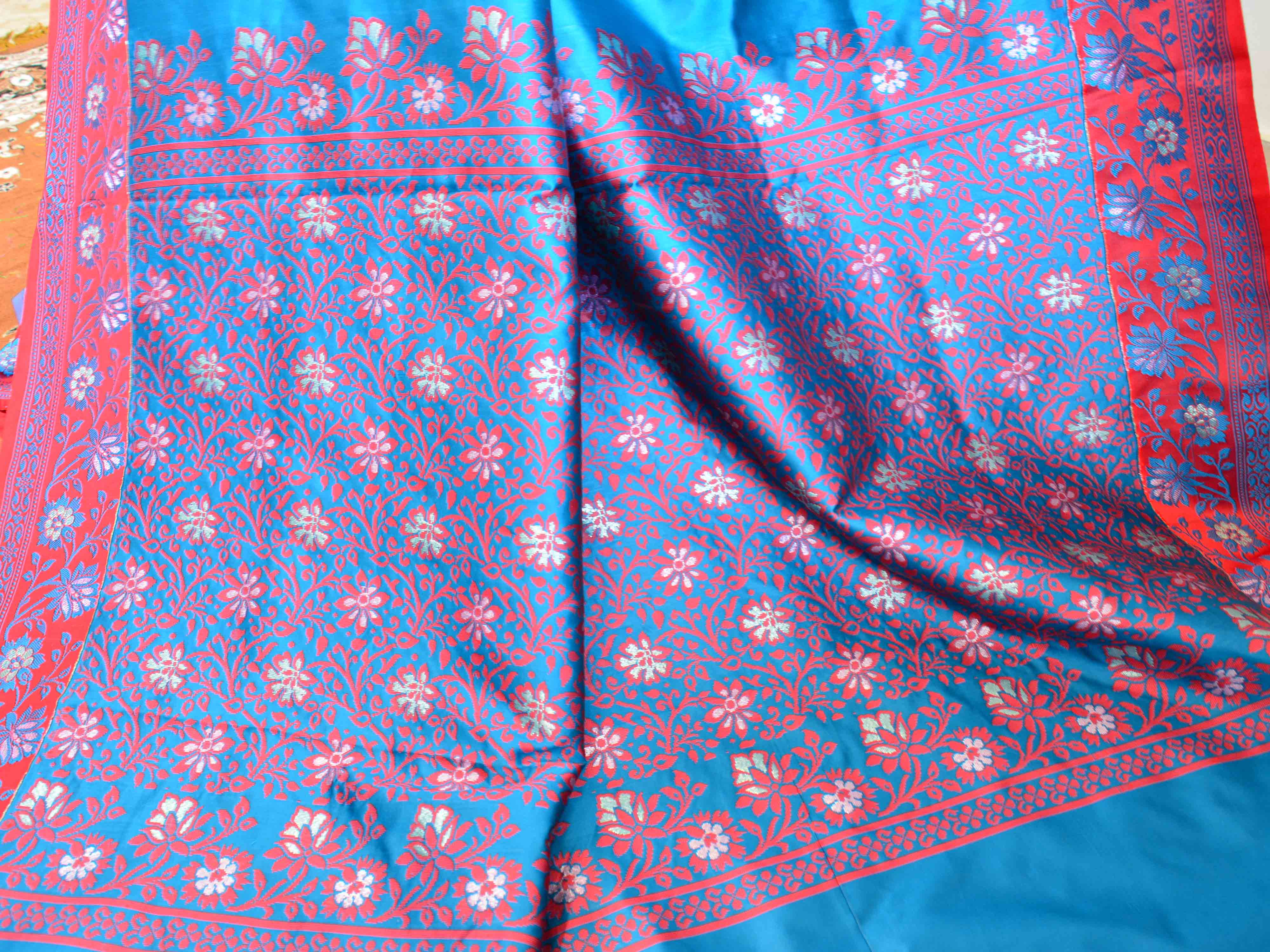Banarasee Art Silk Saree With Floral Woven Contrast Pallu & Border-Blue