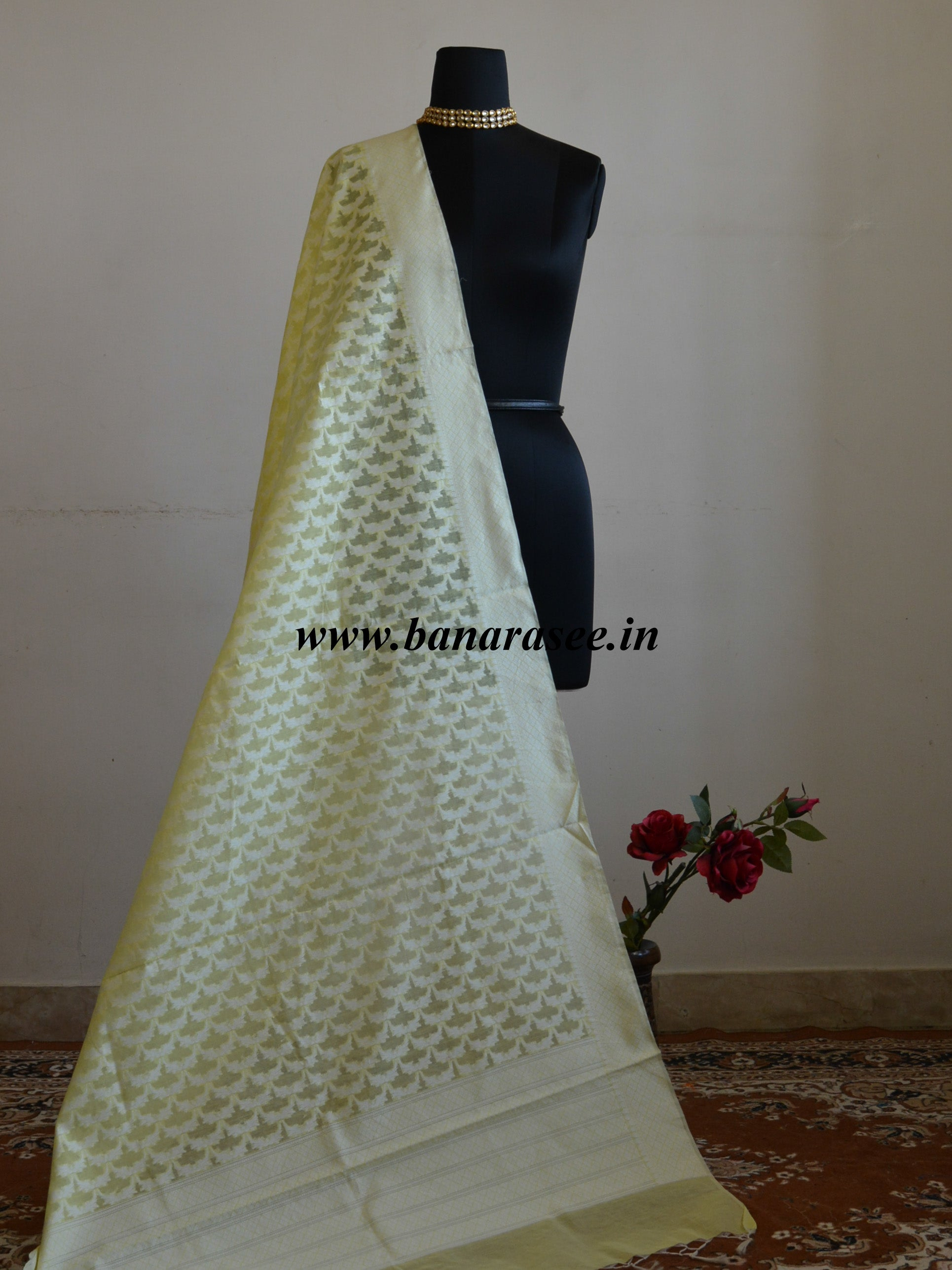 Banarasee Handloom Soft Cotton Resham Jaal Dupatta-Lemon Yellow