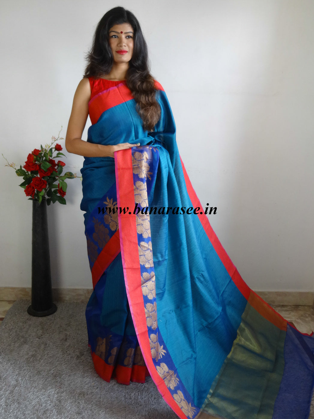 Banarasee Cotton Silk Tanchoi Weave Saree With Contrast Woven Red Border-Blue