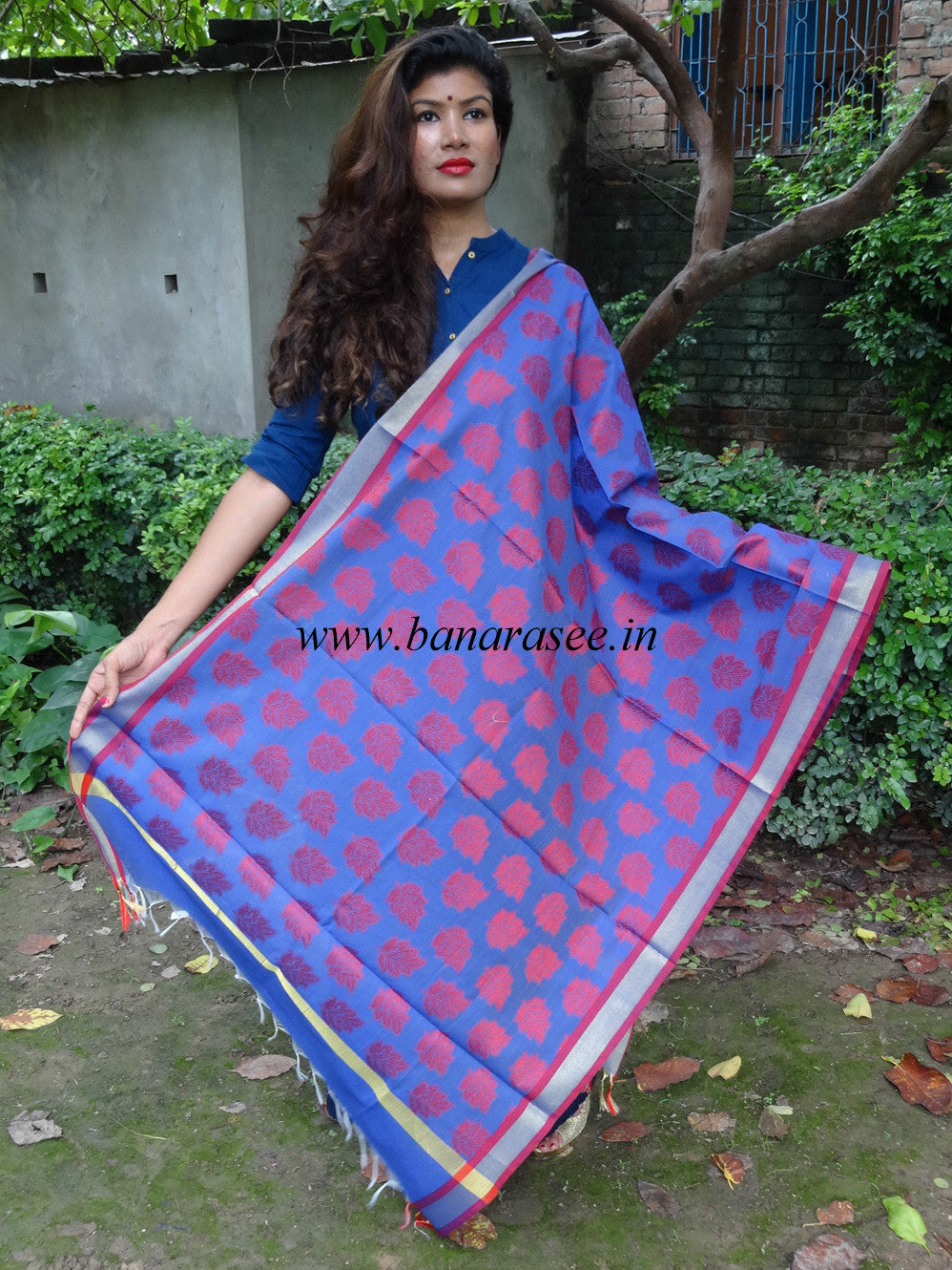 Banarasi Cotton Silk Leaf Motif Dupatta-Purple