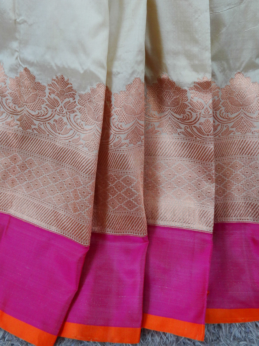 Banarasee Handloom Pure Katan Silk Saree With Zari Floral Border-Off White