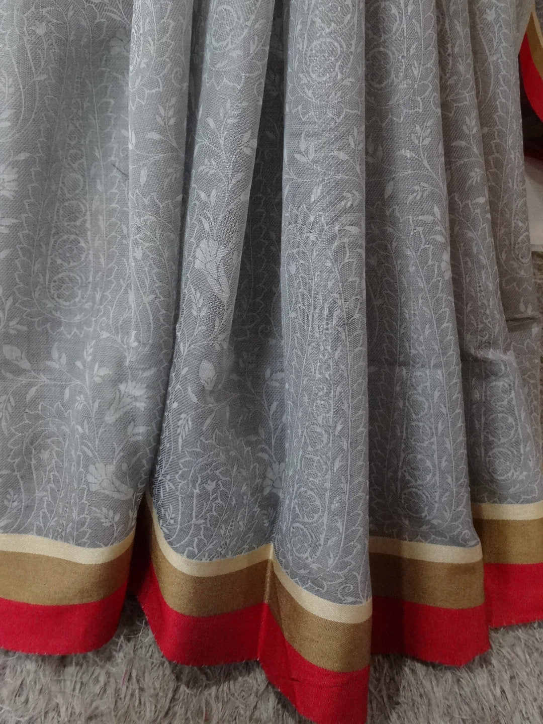 Banarasee/Banarasee Soft Cotton Saree With Self Weaving Design & Contrast Border-Grey