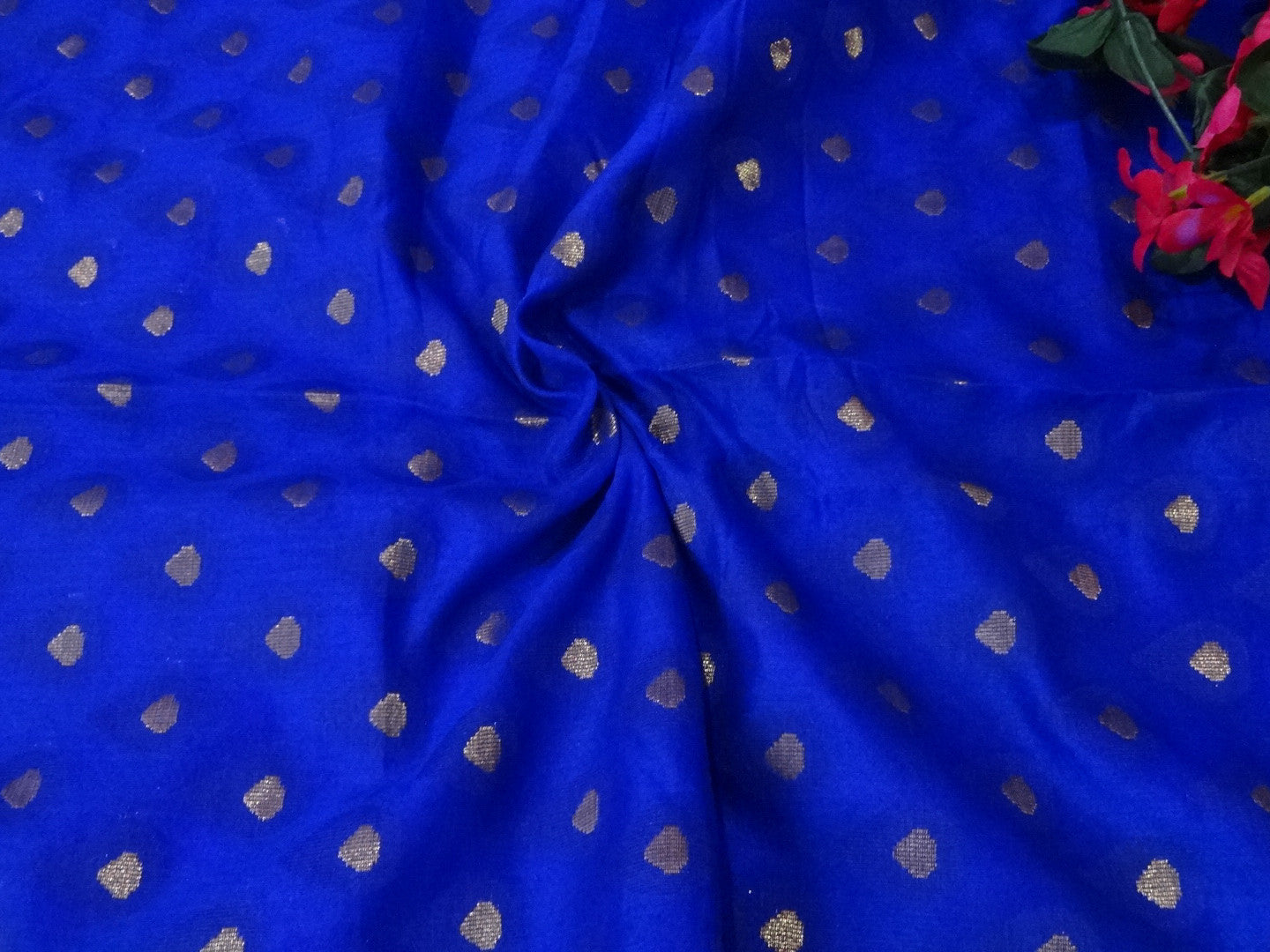 Banarasee Soft Cotton Saree With Blue Woven Tree Motifs & Contrast Blue Blouse-Beige