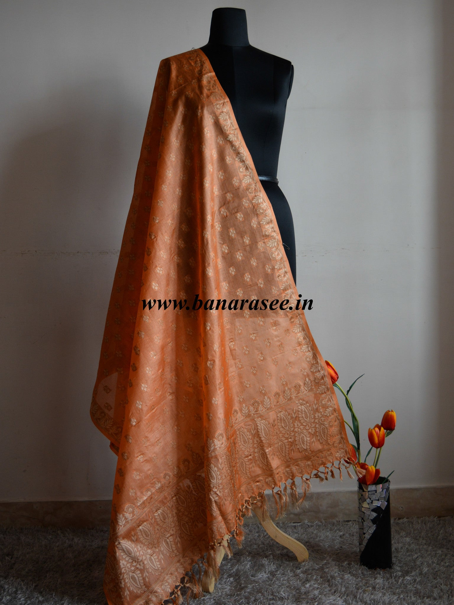 Banarasee/ Banarasi  Pure Handloom Tussar Silk Buti Design With Pallu Dupatta-Rust