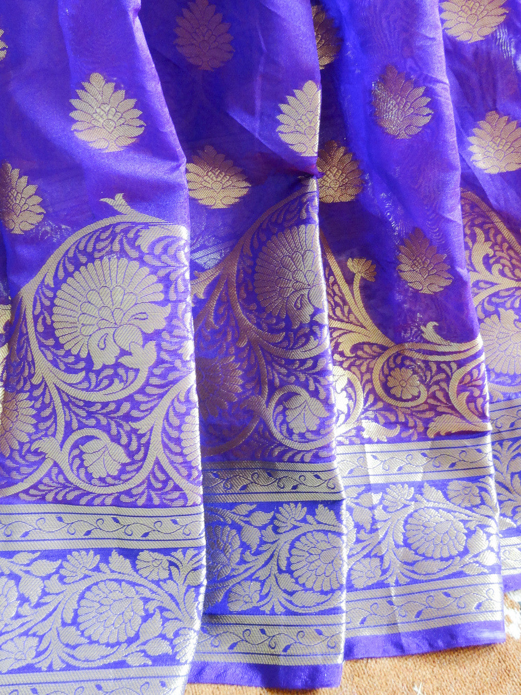 Banarasee Cotton Silk Mix Saree with Floral Zari Work Border-Violet
