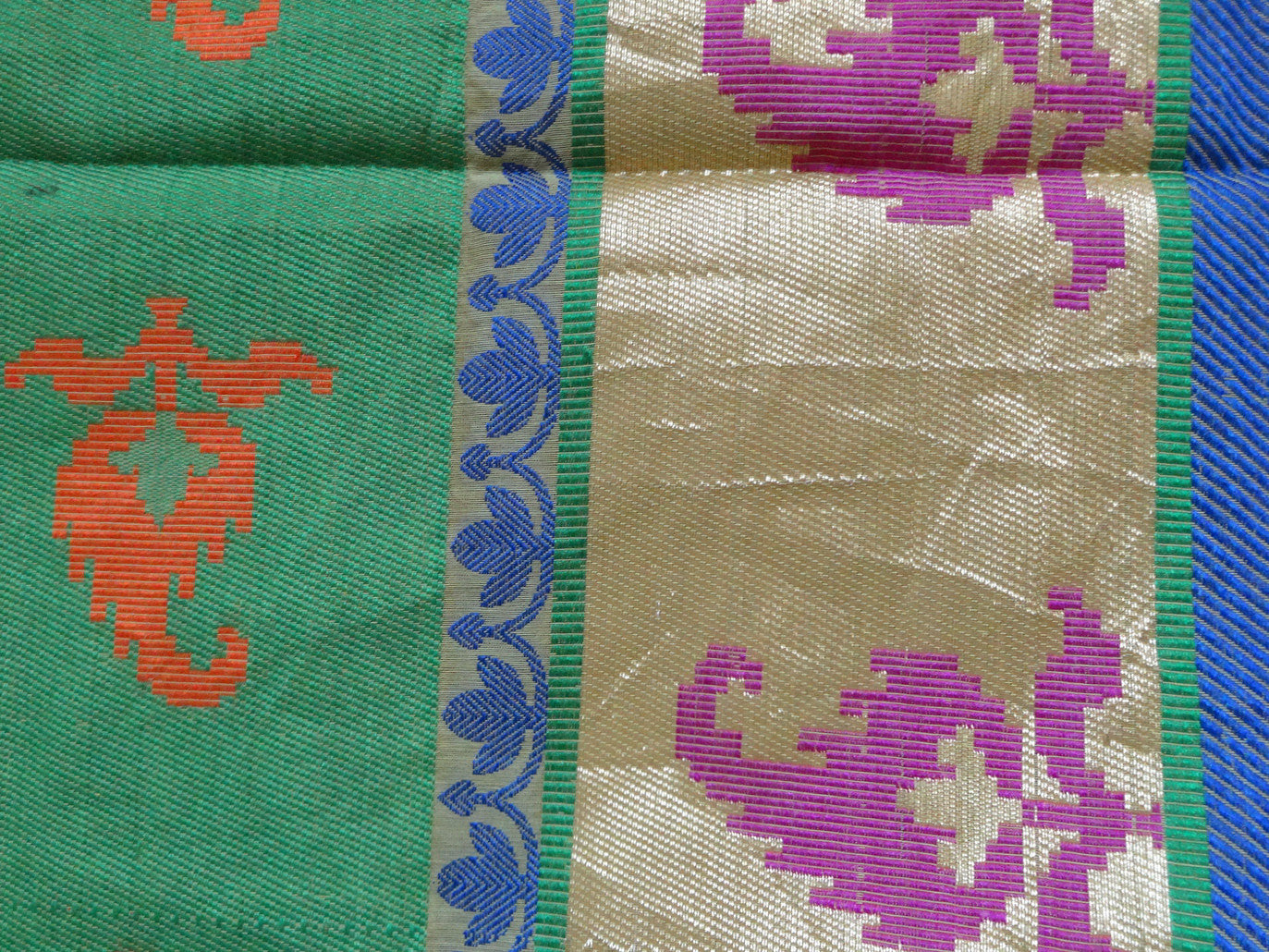 Banarasee/Banarasee Pure Handloom Silk Cotton Dhakai With Resham Jaal-Green