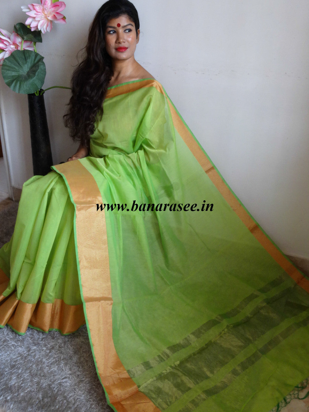 Banarasee/Banarasi Cotton Silk Saree With Zari Border-Light Green