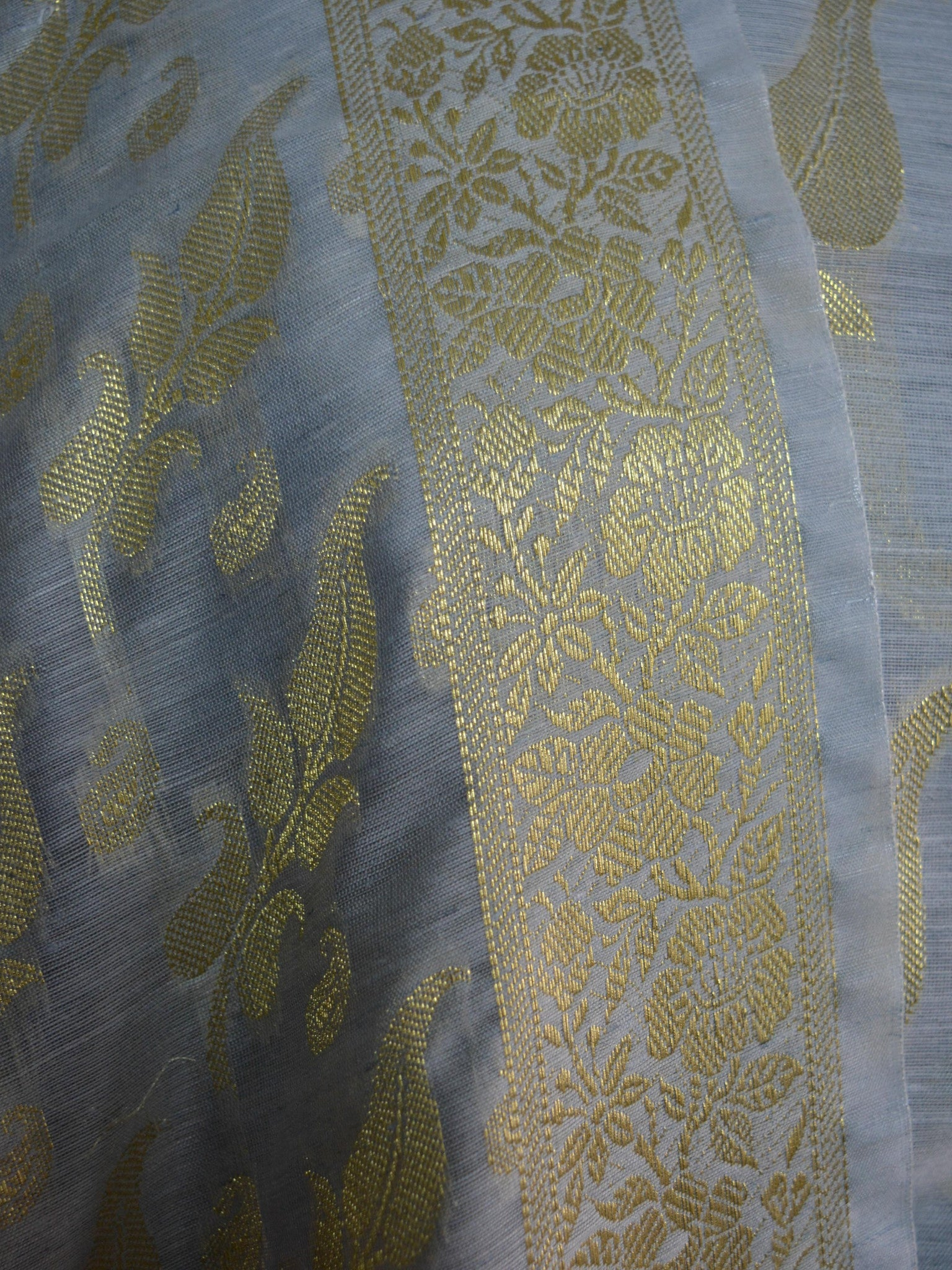 Banarasee/Banarasi Salwar Kameez Cotton Silk Gold Zari Buti Woven Fabric-Grey
