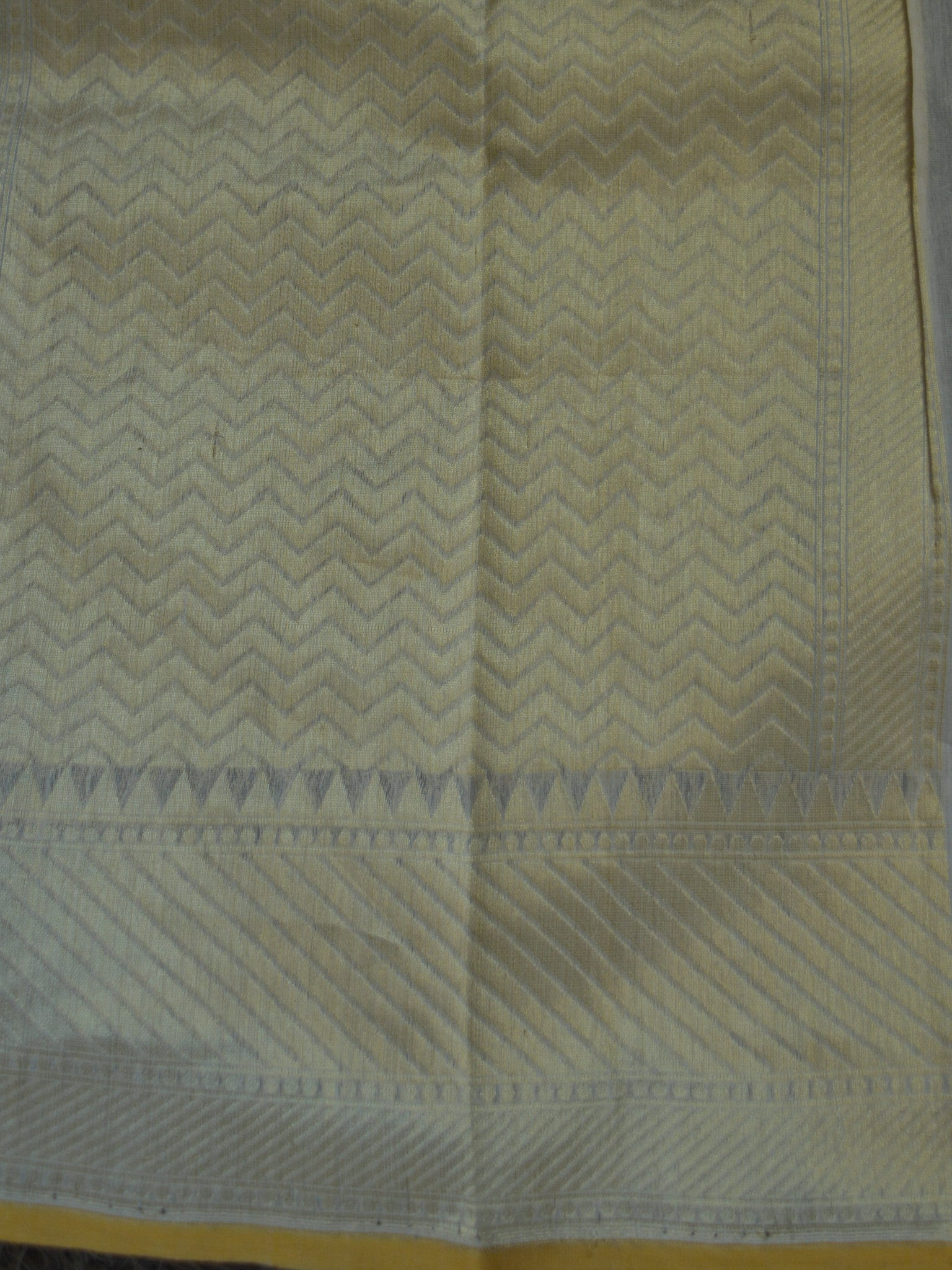 Banarasee/Banarasi Pure Handloom Cotton Silk Jamdani Heavy Jaal Sari With Zari Weaving-Off White