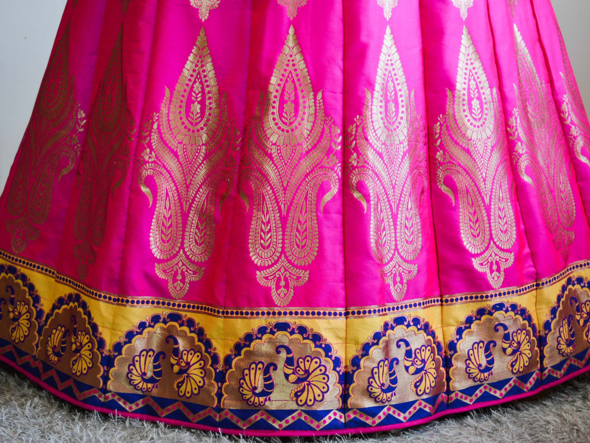 Banarasee/Banarasi Handwoven Art Silk Unstitched Lehenga Fabric-Hot Pink