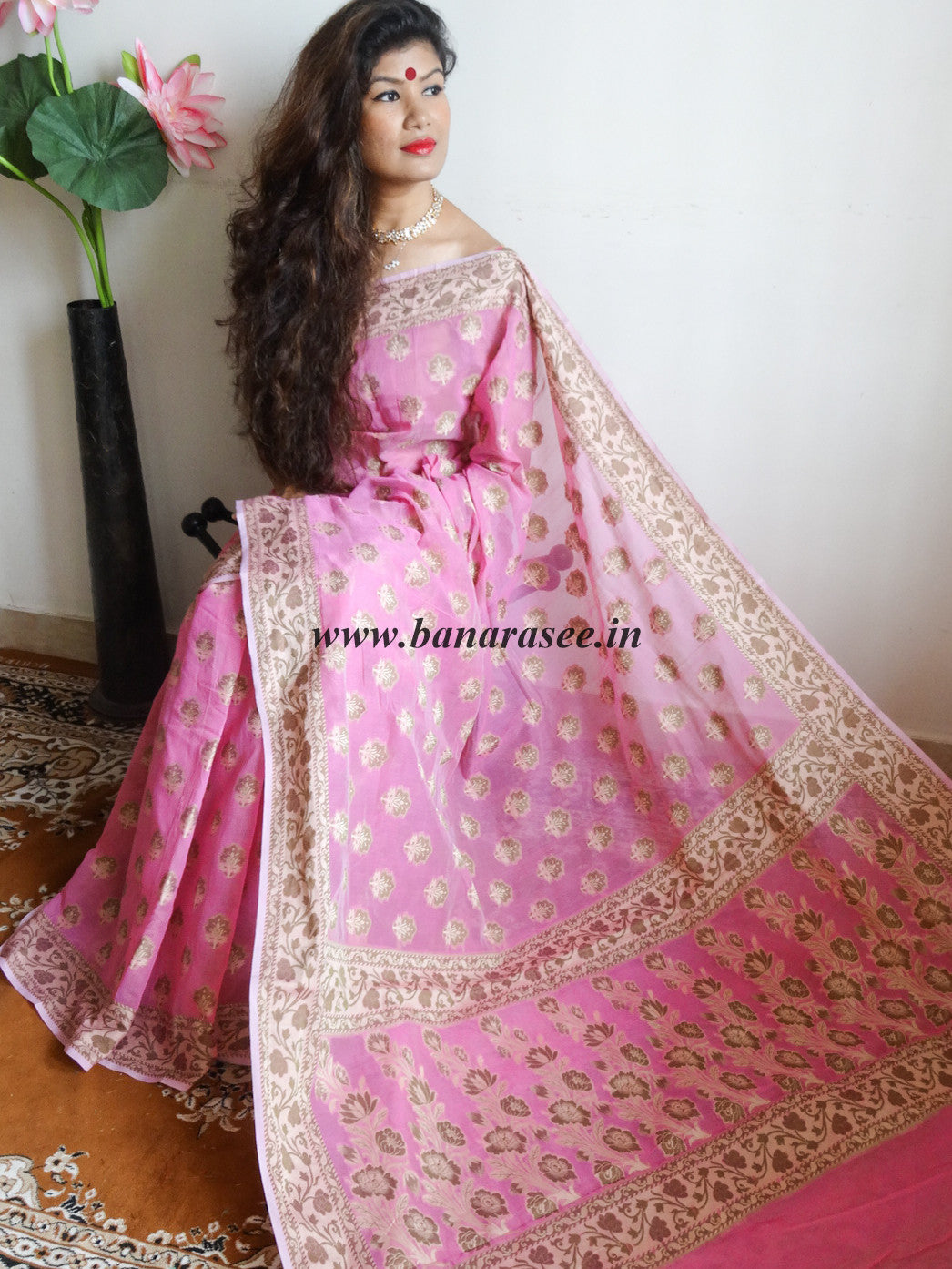 Banarasee/Banarasi Cotton Silk Mix Saree With Floral Weaving Design-Pink