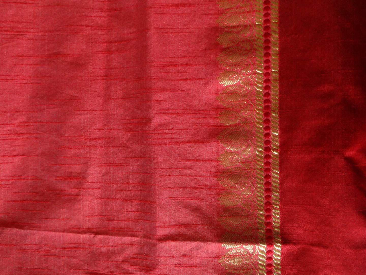 Banarasee/Banarasi Pure Cotton Saree With Red Satin Border-Off White