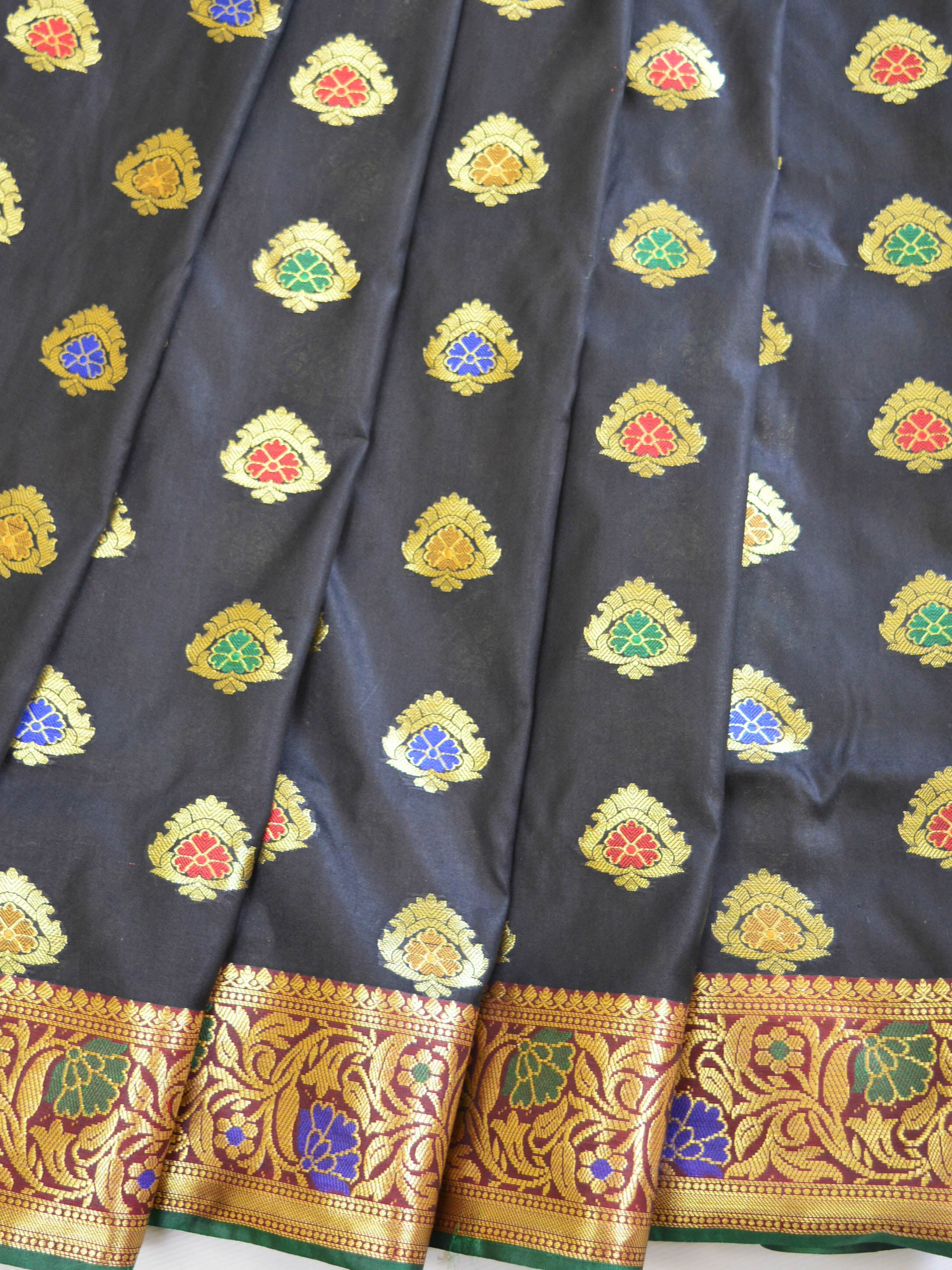 Banarasee Art Silk Saree With Floral Border-Black