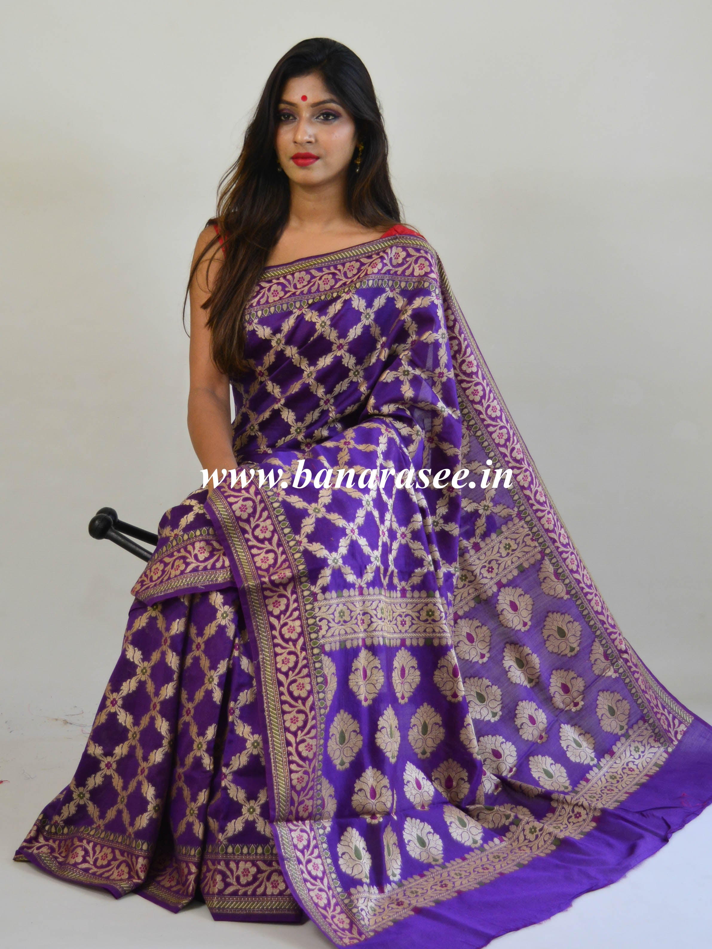 Banarasee Silk Cotton Mix Saree With Jaal Design & Pink Blouse-Violet