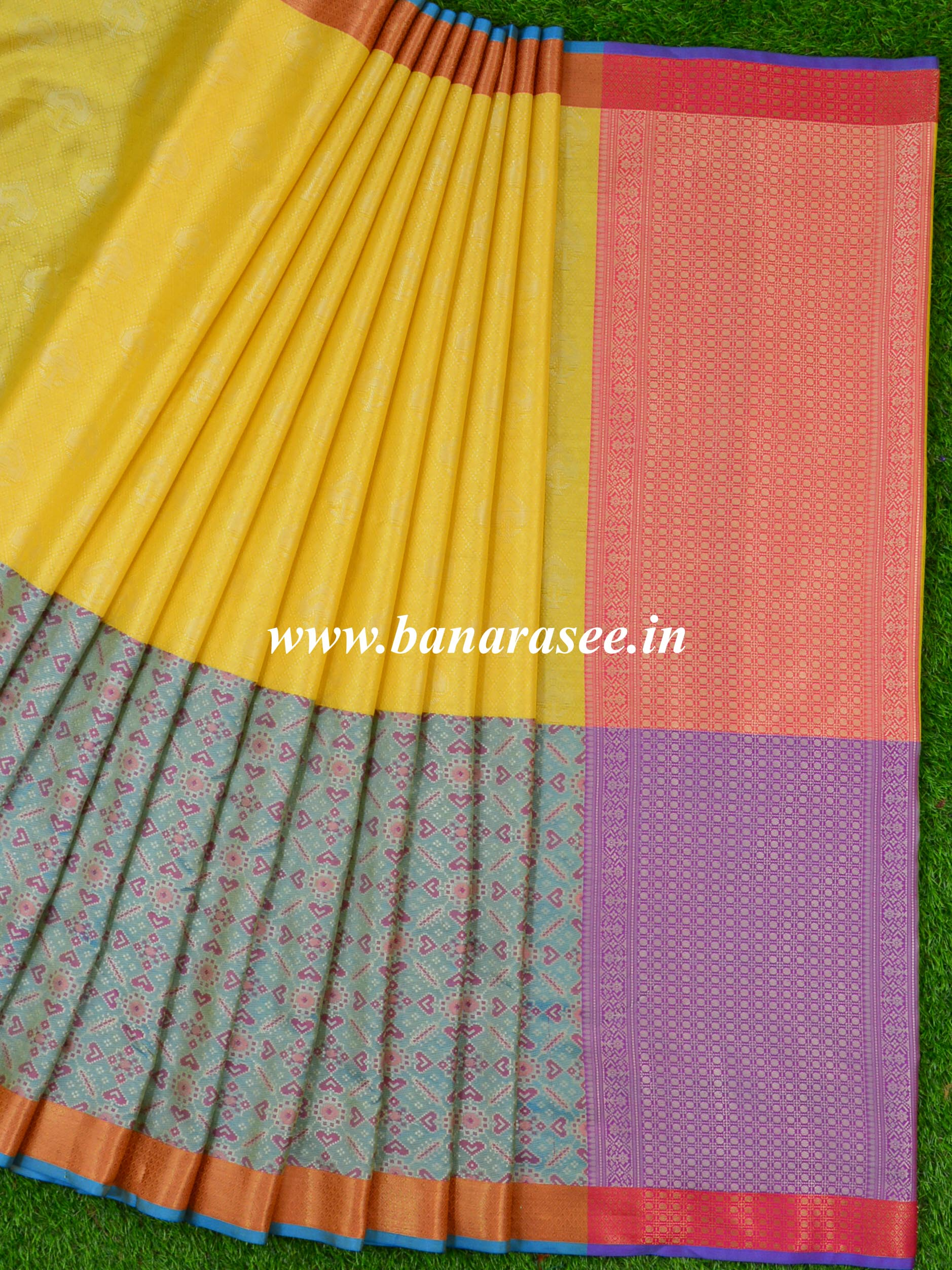 Banarasee Kora Muslin Saree With Tanchoi Weaving With Gharchola Skirt Border-Yellow