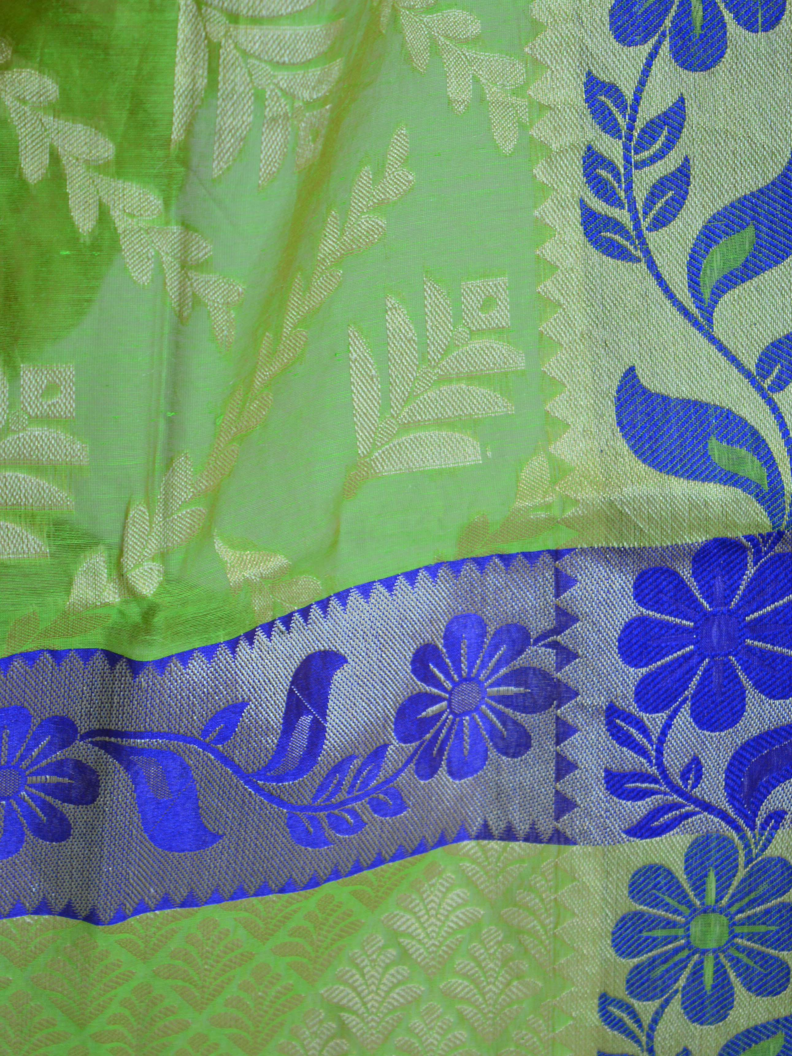 Banarasee Cotton Mix Sari With Resham Floral Border-Green