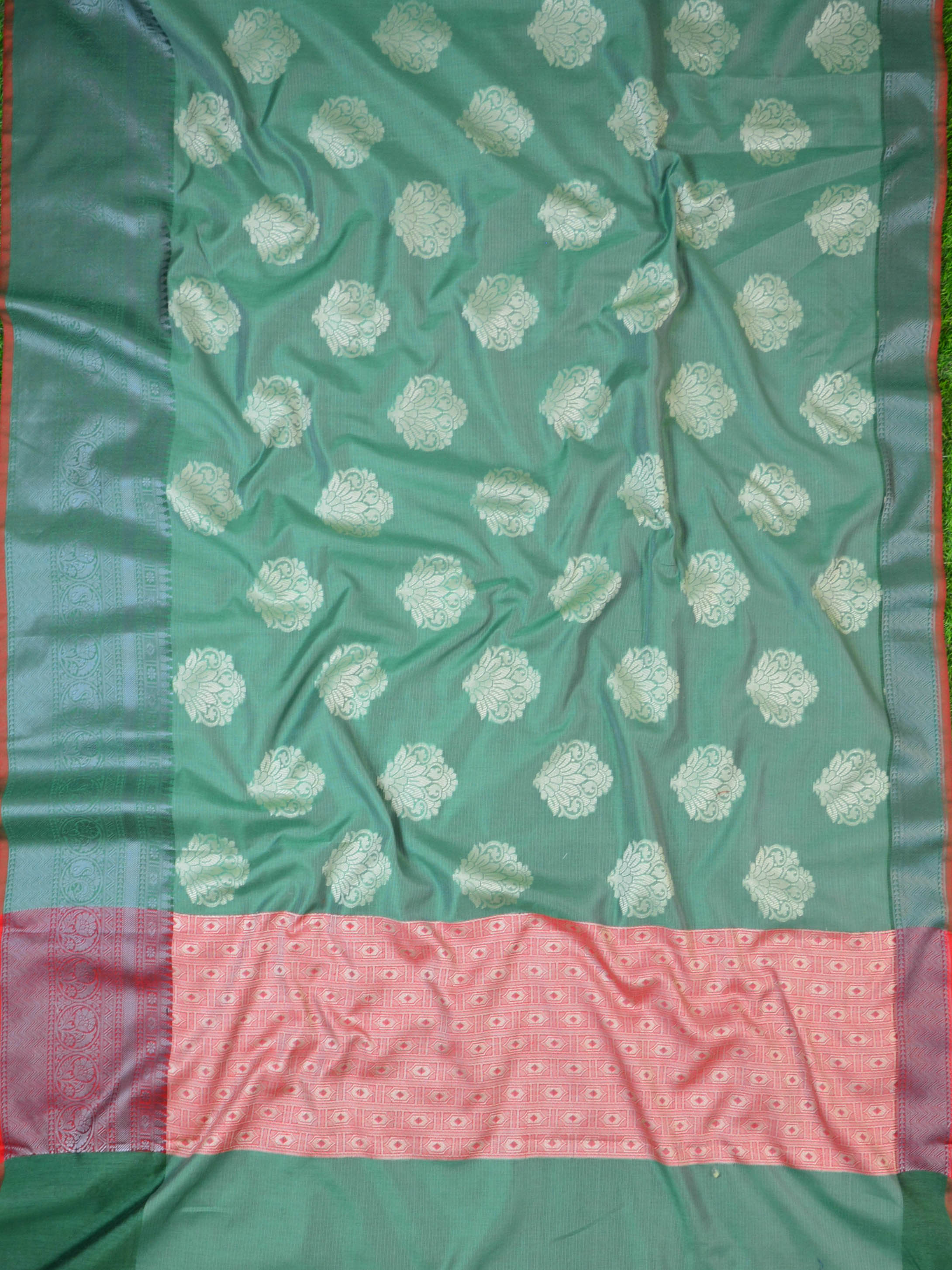 Banarasee Cotton Silk Saree With Resham Buta Design & Skirt Border-Green