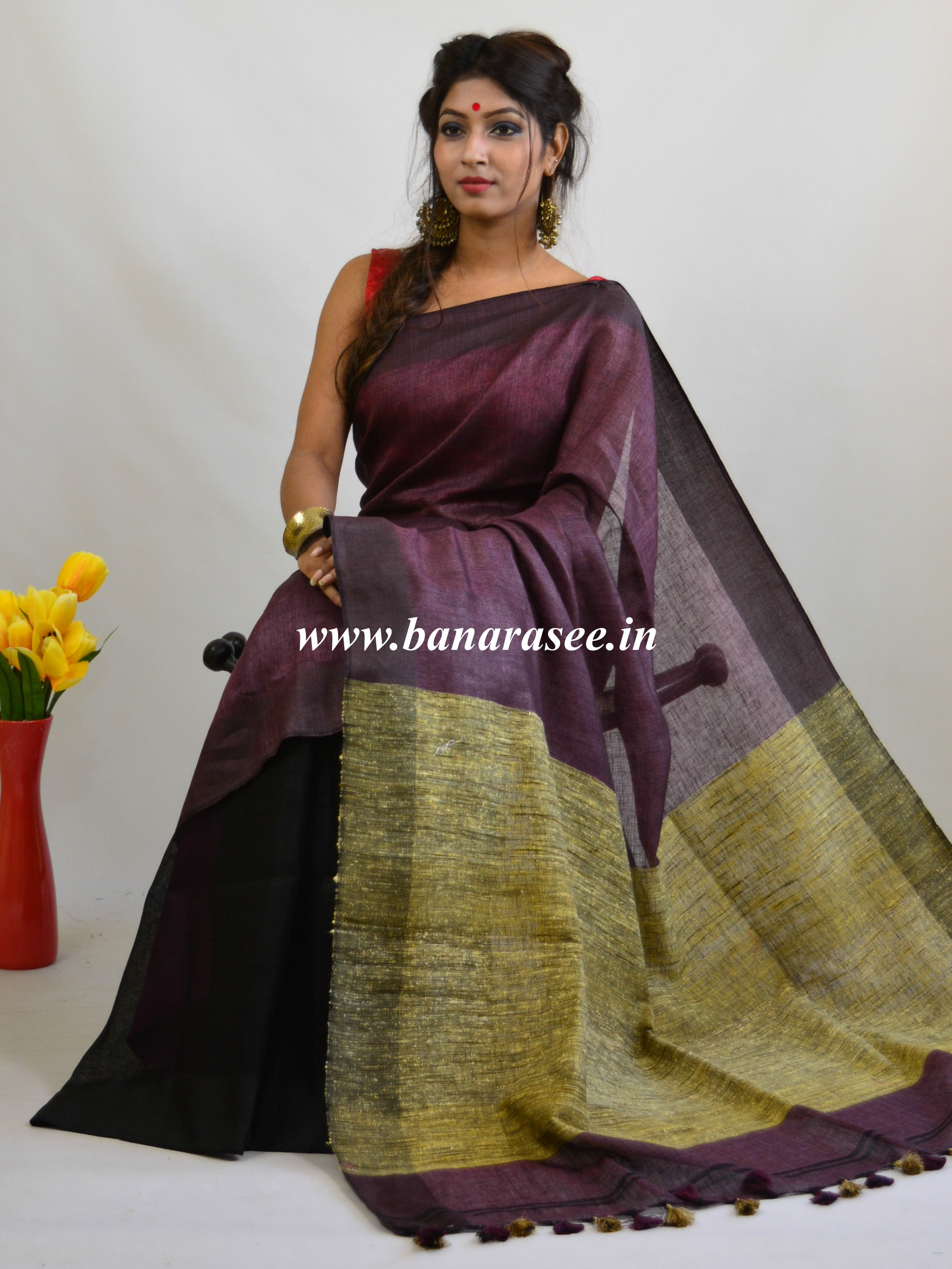 Banarasee Handloom Pure Linen Color Block Saree-Purple & Black