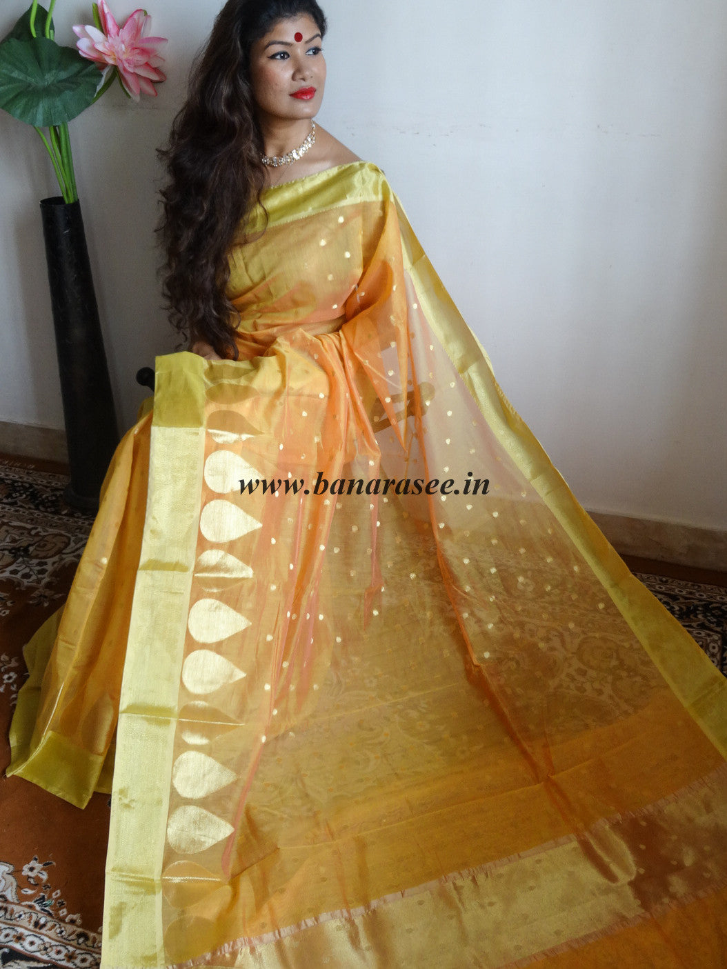 Banarasee Chanderi Cotton Gold Buti Saree-Gold