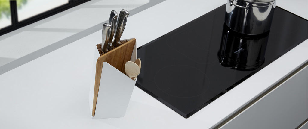 Black Blum Forminimal Utensil / Knife Holder & Board White
