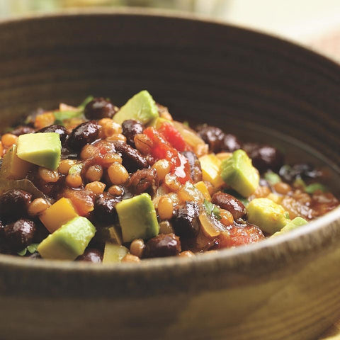 Zesty Wheat berry black bean chili