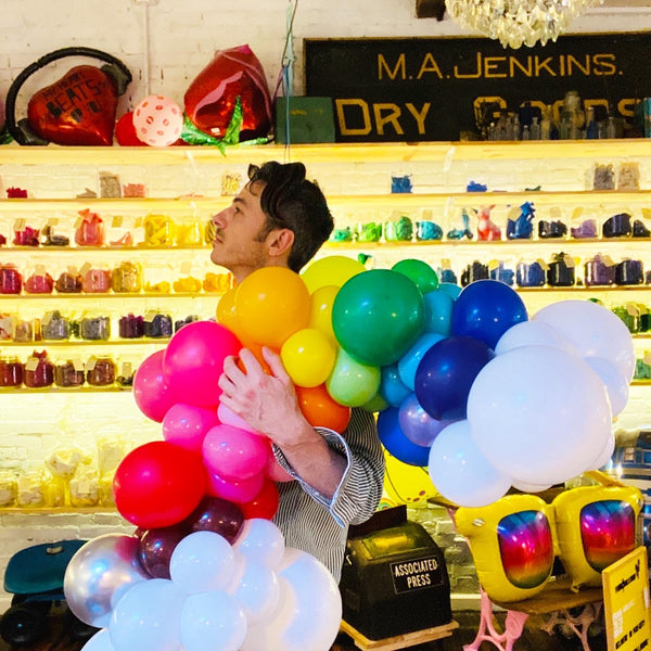 'Bow-To-Go Organic Balloon Rainbow