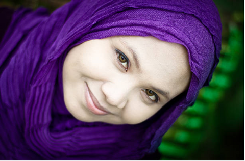 purple hijab, world hijab day, domestic violence awareness, donations, support, Muslim women's shelter, Muslim support, Muslim counseling,