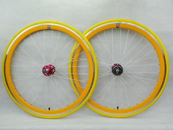 No Logo 40mm 700c Yellow Track/Fixie Deep V Wheelset - Flip Flop Hubs SOME SCRATCHES