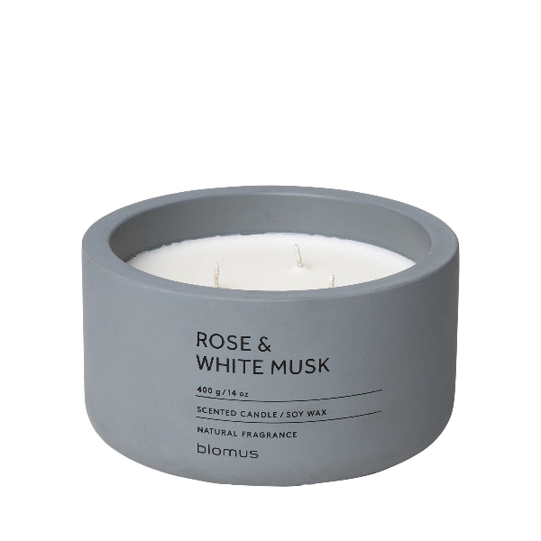 Scented Candle in Concrete Container - 3 Wick - Micro Chip