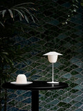 ANI Lamp Lifestyle White