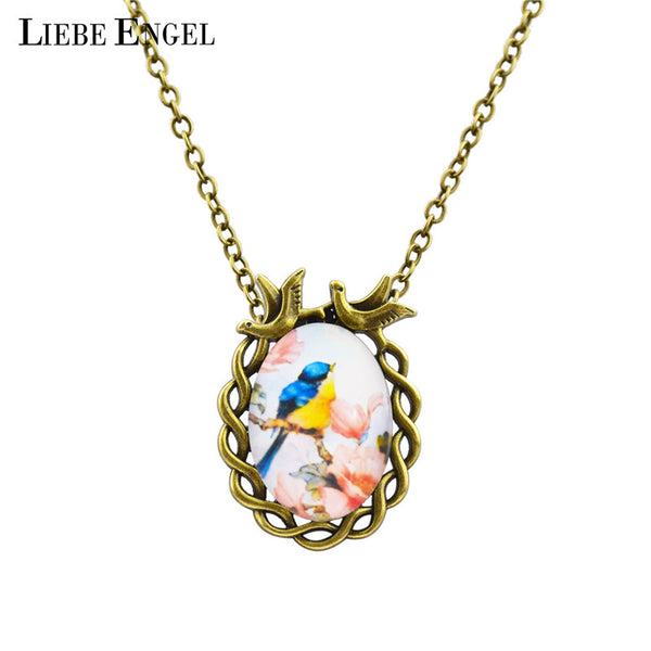 Vintage Antique Oval Flower Bird Pendant Necklace