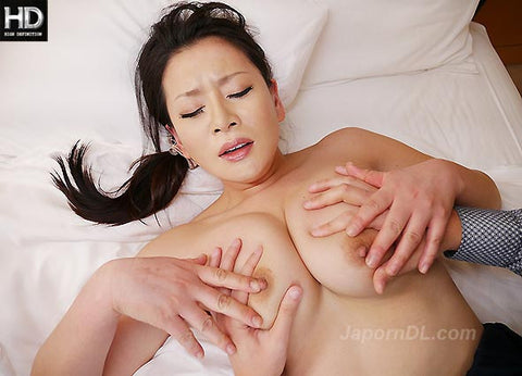 Sexy Busty MILF Sex Interview - Rei Kitajima 北島玲 (720P HD)