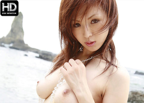 Beautiful Mai Fucked on the Beach - Mai Hanano 花野真衣 (720P HD)